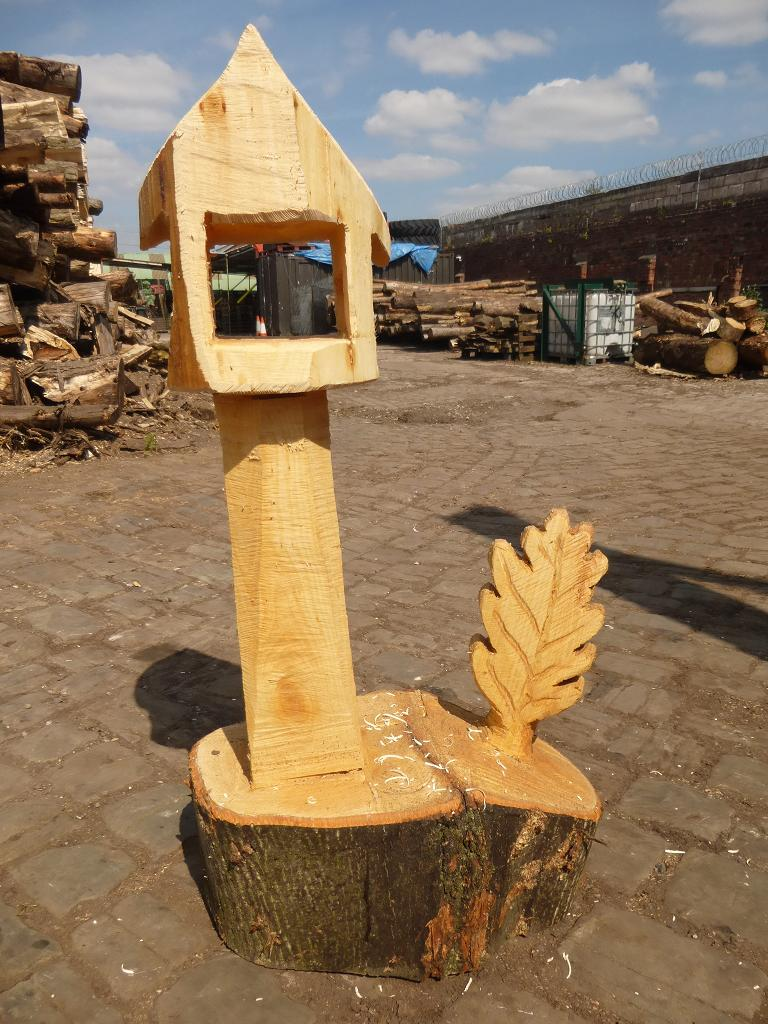 Hand Carved Wooden Bird Table With Leaf Treestation